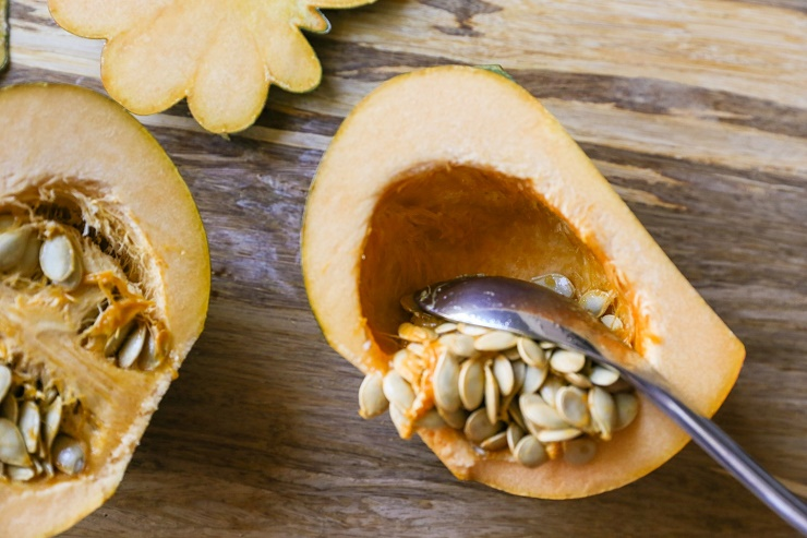 How to Roast Acorn Squash | TheRoastedRoot.net #healthy #recipe
